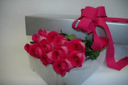 Boxed Red Roses